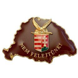 Nem Felejtünk fedő bordó Turulos címerrel