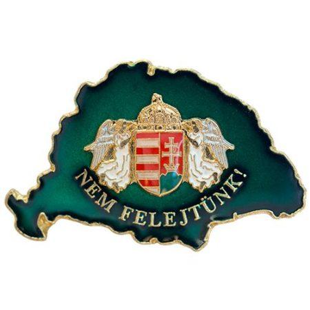 Nem Felejtünk transzparens zöld angyalos címerrel