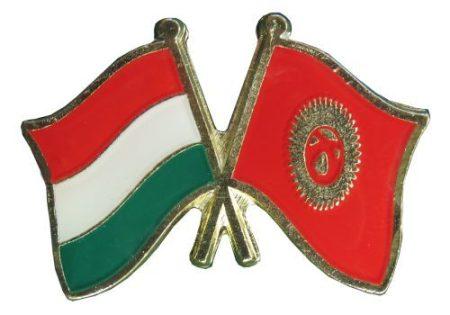 Pároszászló, Magyar - Kirgiz