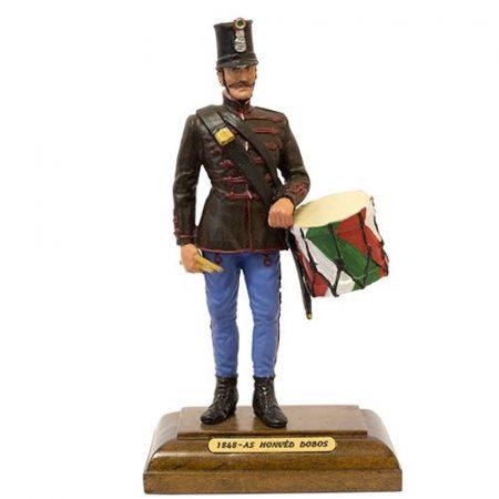 1848-as honvéd dobos festett